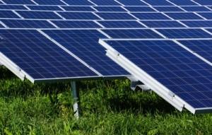 wie-rechnen-sich-solarstromspeicher