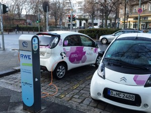 electric-carsharing-citroen-multicity