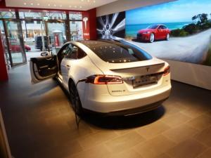 blitzzcar-electric-carsharing-wien