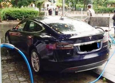 tesla-selbstfahrende-elektroautos