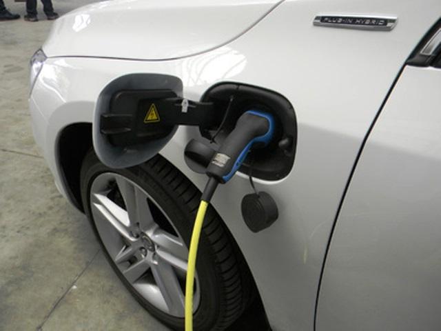 helfen-elektroautos-klima