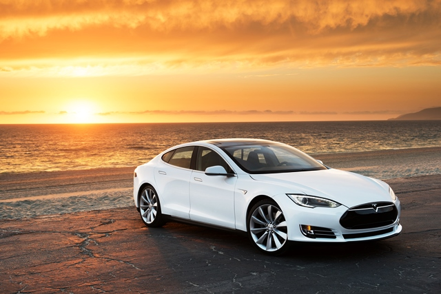 tesla model s bilder preis reichweite und tests. Black Bedroom Furniture Sets. Home Design Ideas