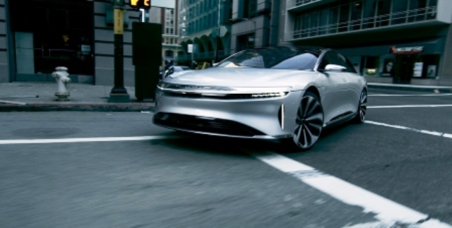 lucid motors laden
