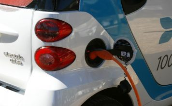 autostrom-stromtarife-elektroautos