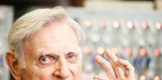 Goodenough-superbatterie-glas