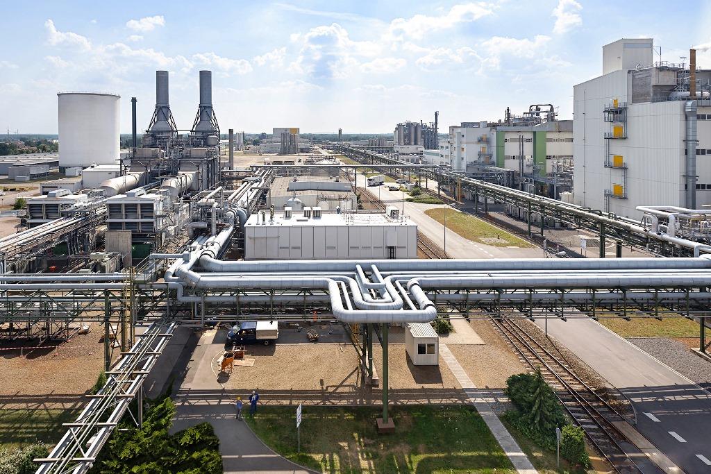 Schwarzheide-Neue-BASF-Pilotanlage-f-r-Batteriematerialien-und-Recycling