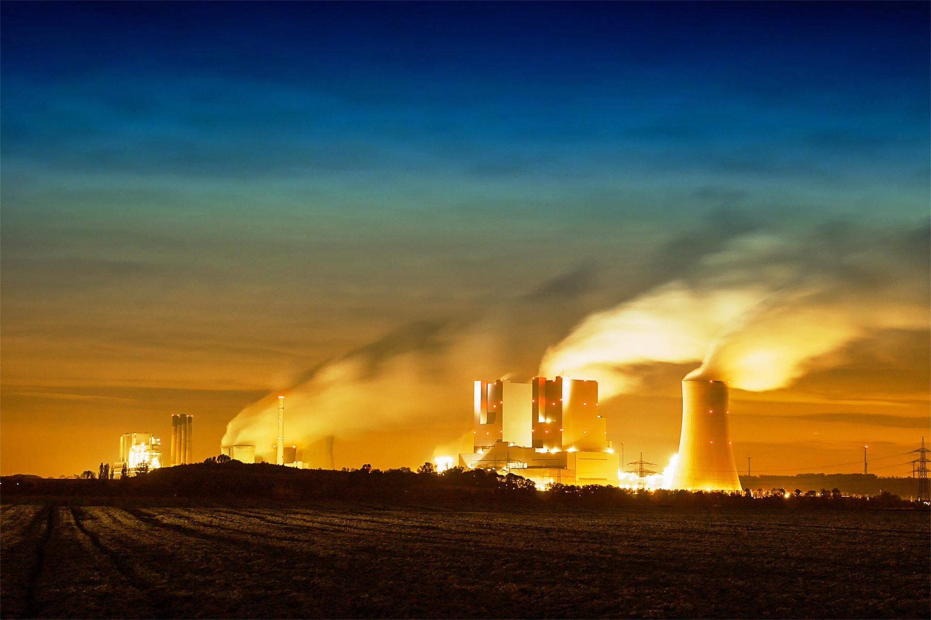 Fossile-Energie-Anabolika-f-r-die-wirtschaftliche-Entwicklung-
